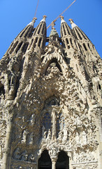 Mary's Spain 2008 Vertical Panorama-DSCF1809-1810-1811 (pinboke_planet) Tags: spain fuji mary finepix 2008 verticalstitch sagradafamlia panoramamaker4