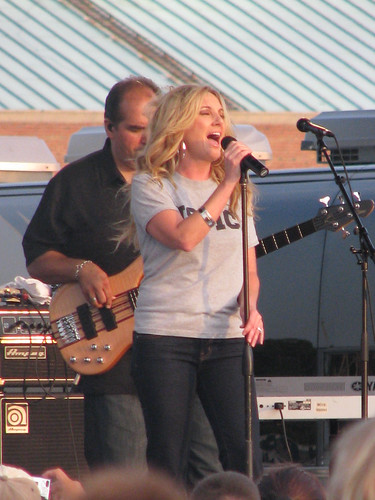 Concert On Camp Lejeune Leanne Womack