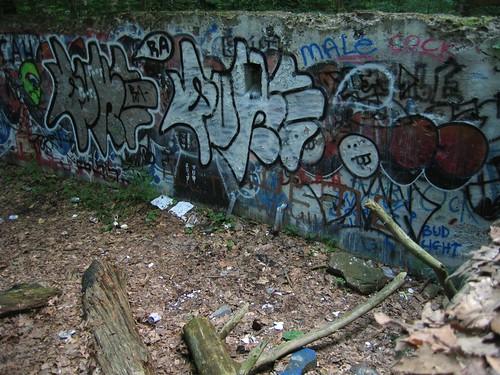 Camp Bluefields main wall graffiti