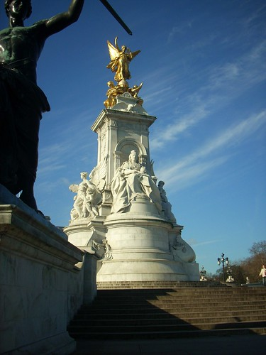 Queen Victoria Memorial - London, England