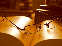 Therapy (Aisha Altamimy) Tags: sunshine reading glasses book books read study therapy studying pharm ozq8
