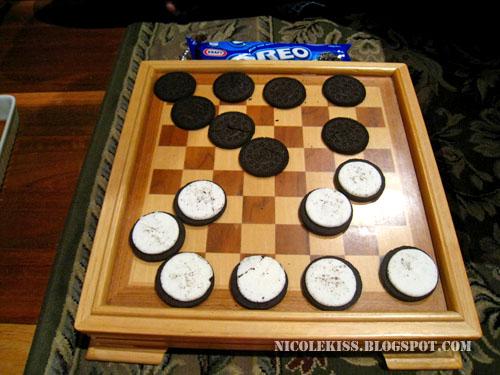 oreo checkers 2