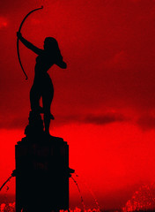 Diana (ix 2018) Tags: red rot fountain méxico mexico rouge rojo df arc fuente vermelho diana silueta uc reforma rosso fontaine arco ret encarnado myowncreation aplusphoto theunforgettablepictures israelalatorrecuevas colourartaward israfel67 september2008 goldstaraward israelalatorre atqueartificia septiembre2008