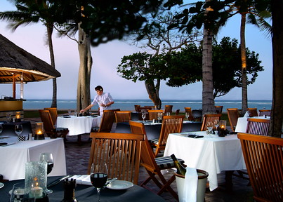 Nusa Dua Beach Hotel & Spa - Chess Restaurant