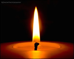 Foto Friday - Luminance (RobandJulieSnow) Tags: light dark fire nikon burn luminance fotofriday rjsnowphotography wwwrjsnowcom