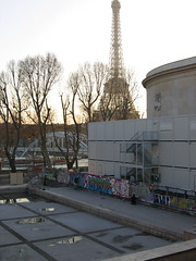 eiffel tower and the graffiti behind the palais de tokyo (emmapebble) Tags: paris graffiti eiffeltower palaisdetokyo