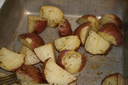 Oven Roasted Red Potatoes with Rosemary and Thyme