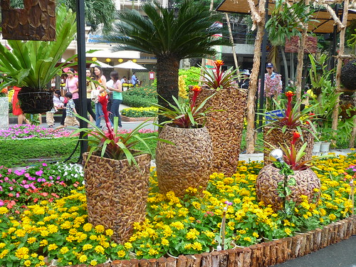 Nguyen Hue Tet flower display