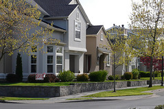 residential streets are scaled for walking (by: adrimcm-Adriana, creative commons license)