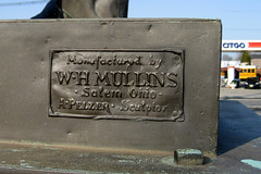 Manufactured by W.H. Mullins Salem Ohio - A. Pelzer - Sculptor (Sheena 2.0) Tags: usa monument statue america newjersey memorial nj copper warmemorial middlesex abrahamlincoln citgo middlesexcounty lincolnstatue middlesexborough zip08846 08846 proclamationofemancipation sheena20 allrightsreservedsheenachi sheenachi whmullins alfonsopelzer withmalicetowardsnonewithcharityforallwithfirmnessintheright middlesexlincoln silasddrake newjerseymutualrealtycompany iasnj000018