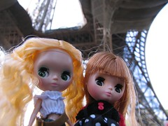 Dandelion and Butters at the bottom of the Eiffel Tower
