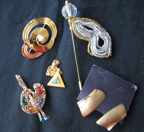 Sparkly Gold Costume Jewelry Set
