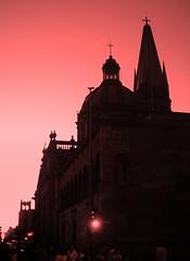 las tres cruces (The mex7) Tags: red méxico contraluz rojo iglesia guadalajara jalisco magia monart
