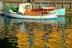 Boat (CGoulao) Tags: blue orange reflection green yellow copenhagen catchycolors boat canal barco reflexions reflexo sandal copenhaga superaplus aplusphoto colourartaward