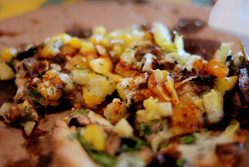 Yummy Caribbean pizza
