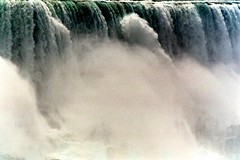The sound of water: Yell (stedef) Tags: water niagarafalls acqua mywinners cascatedelniagara absolutelystunningscapes