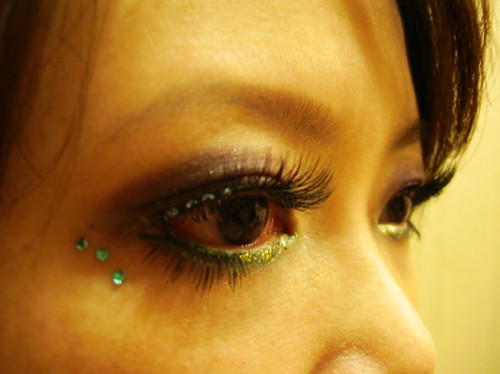 Make up new look( green & purple eye shadow )2008-8-30 by Miaoaim2008.