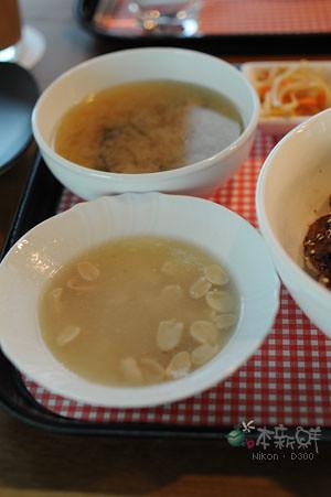 香菇味噌湯+花生甜湯