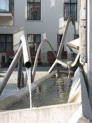 fountain in utrecht (wildcat_31) Tags: water concrete utrecht foutain enricmiralles