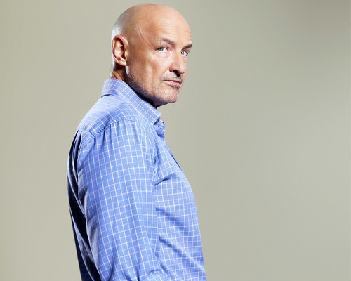 Lost S5 John Locke es Jeremy Bentham