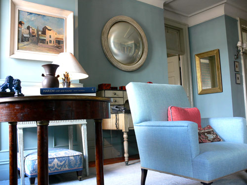 Shelia Bridges: Classic living room + Farrow & Ball 'Oval Room Blue'