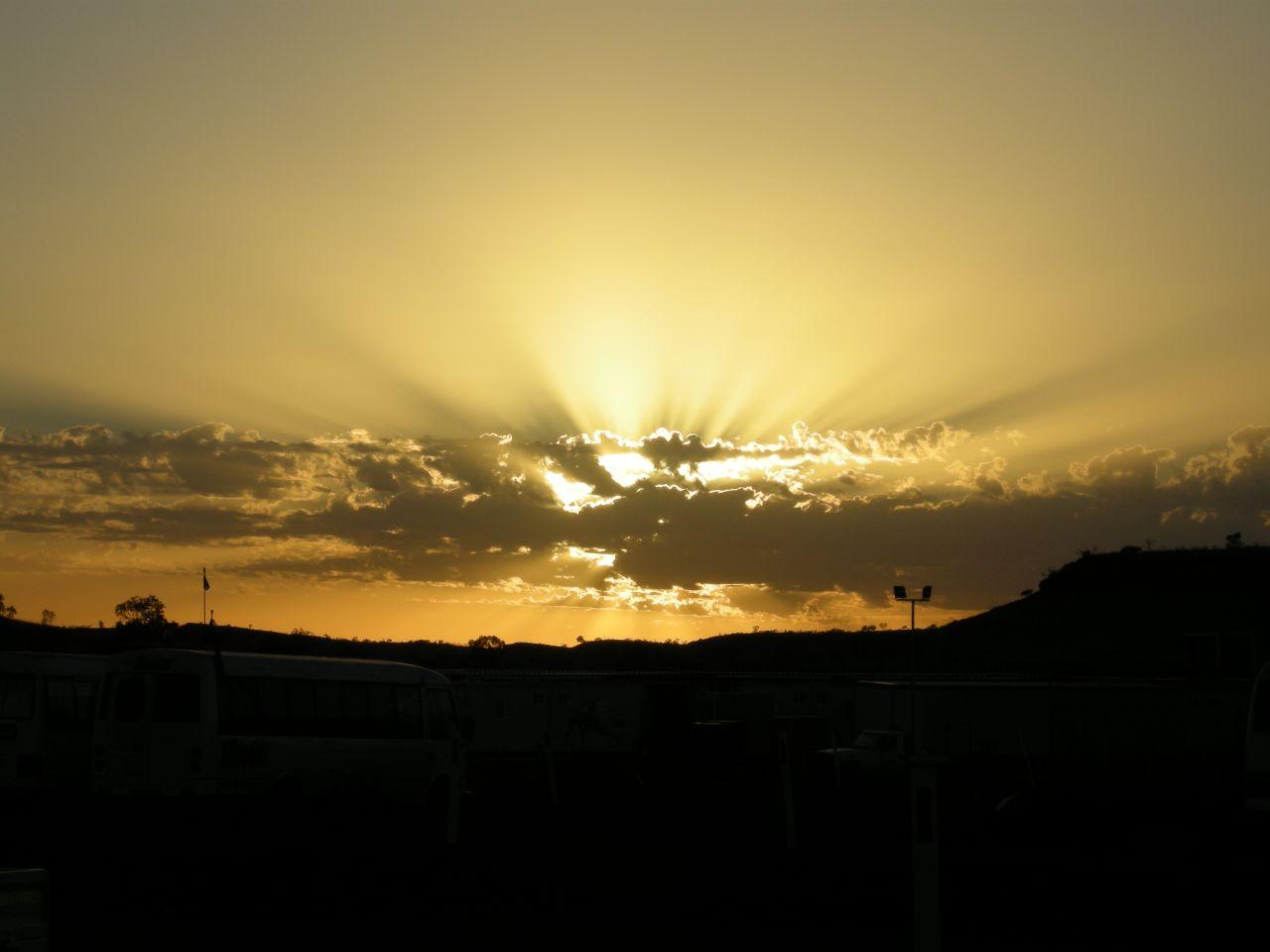 sunrise Lge