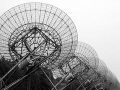 Radiotelescoop (Moser's Maroon) Tags: spiegel observatory telescope westerbork telescoop wsrt radiotelescoop westerborksynthesisradiotelescope