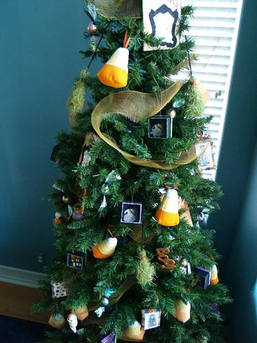 Whimsical Halloween Tree