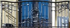 Barcelona - Pla del Palau 010 d 2 (Arnim Schulz) Tags: barcelona espaa art texture textura architecture fence spain arquitectura iron arte kunst catalonia artnouveau castiron gaud architektur catalunya deco espagne muster modernismo forged catalua spanien modernisme fer jugendstil wrought ferro eisen deko hierro dekoration decoracin espanya katalonien stilefloreale textur belleepoque baukunst gusseisen schmiedeeisen ferronnerie forjado forg ferdefonte