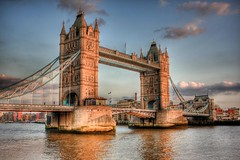 Tower Bridge at sunset (crymy) Tags: uk england london towerbridge raw gb riverthames hdr 3xp welltaken 5photosaday 25faves 40d canoneos40d hdraddicted anticando hdraward hdrfrom3raws crymy 40deurope