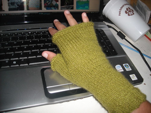 Ellen's fingerless mitts