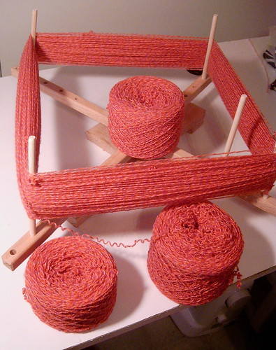 Recycled Yarn - Making Hanks