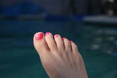 Pink Toes! (daradactyl) Tags: pink pool toes hotpink