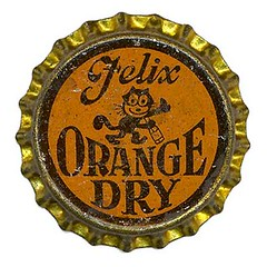 Felix Orange Dry (Neato Coolville) Tags: vintage pop soda bottlecap felixthecat corklined
