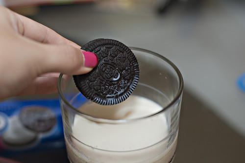 Oreos and milk.