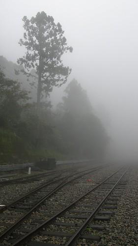 18.夦??、矇霧與鐵路