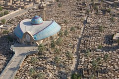 Sheikh cemetery and a mosque known (Salwan ALabdaly  ) Tags: war king sommer iraq central bank saddam nuri has currency iraqi faisal babel   dinars   ghazi     husseins rafidain   alsaid         salwan  alabdaly