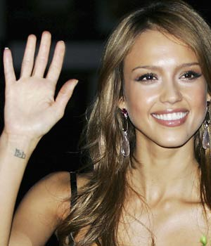 Jessica Alba wrist tattoo by wrist.tattoo