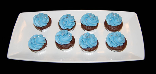 blue and silver mini cupcakes