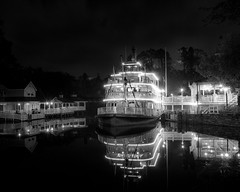 Disney - Wonderful World Of Color - In Black & White - Liberty Belle at Night