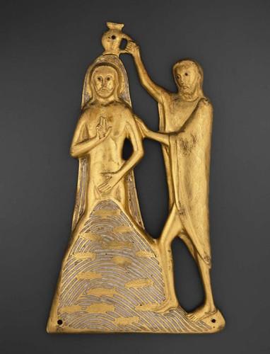 003 Bautismo de Cristo- Limoges Francia- mediados siglo XIII-esmalte en cobre dorado-© 2009 Museum of Fine Arts, Boston