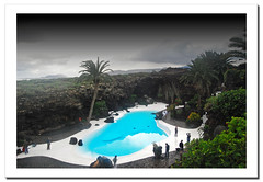 Jameos del Agua. Lanzarote.- (ancama_99(toni)) Tags: pictures ocean trip travel blue light sea vacation sky espaa paisajes naturaleza holiday color green beach nature water clouds landscape geotagged photography landscapes mar photo interestingness interesting spain agua nikon espanha europa europe foto photos picture lanzarote playa paisaje canarias photographic explore fotos canary 1855mm fotografia nikkor paysage reflexions espagne paesaggi canaryislands 2009 islas spanien paisagens 1000views laspalmas islascanarias fotografas jameos d60 jameosdelagua 10favs 10faves nikkor1855 explored nikond60 landschaftsaufnahmen abigfave ltytr1 holidaysvacanzeurlaub ancama99 interesantsimo