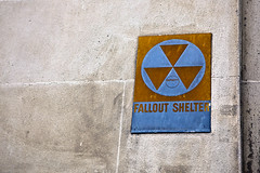 Day 5 - Fallout Shelter (saebaryo) Tags: nyc newyorkcity sign canon nuclear 5d falloutshelter canonef2470mmf28lusm 2470mm project365 365project canoneos5dmarkii 5dmarkii 5d2 5dii