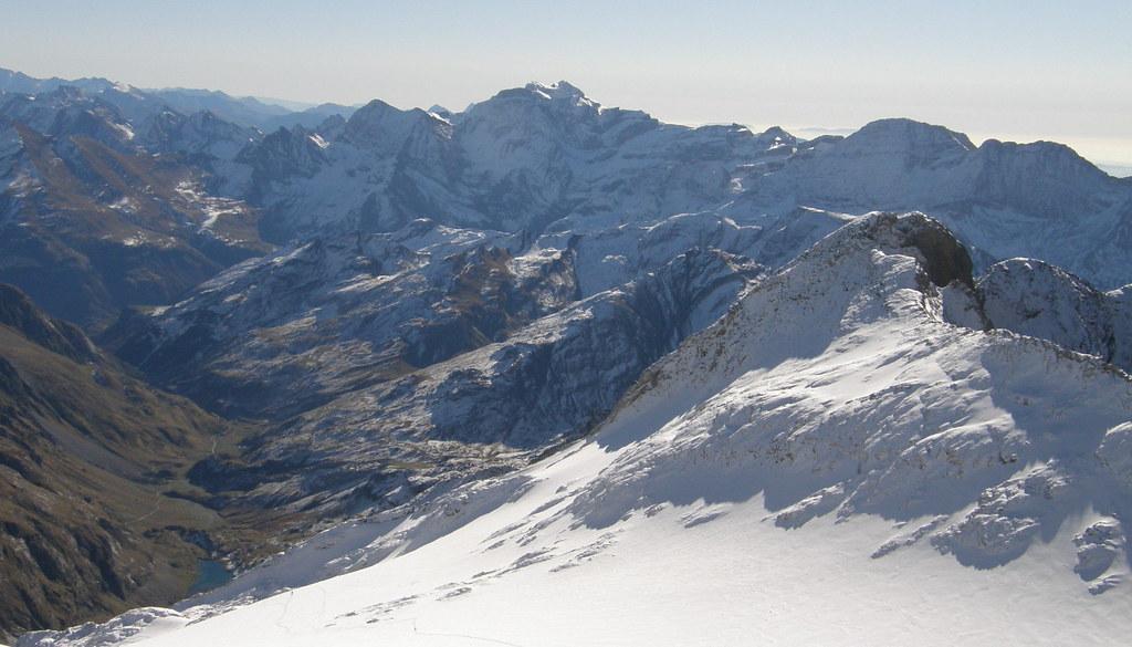 044- Glaciar del Vignemale, Valle D'Ossoue y en el centro el Monte Perdido