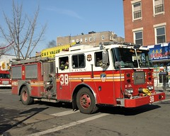 "E038e FDNY ""Da Dawg House"" Engine 38, Bronx, New York City (jag9889) Tags: county city nyc house ny newyork car truck fire automobile bronx engine company transportation vehicle borough eastchester norwood fdny 2009 firefighters 38 seagrave bravest dawghouse fishbay hullavenue engine38 2ndalarm y2009 e038 jag9889"