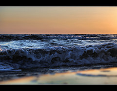wave (Sante sea) Tags: sunset sea italy roma italia tramonto mare wave onda sabaudia