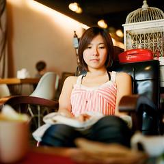 () Tags: portrait 120 6x6 tlr girl rolleiflex zeiss square cafe taiwan carl taipei planar kodakportra400 28e
