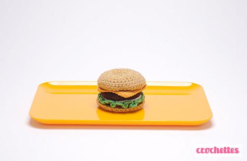 Amigurumi hamburguer by Crochettes