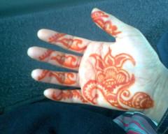 first time trying a gulf style design (Henna Craze) Tags: wedding art artist body michigan indian arabic ypsilanti american pakistani shaadi bridal henna mehndi metrodetroit mhendi southeastmichigan sumeyya hennacraze