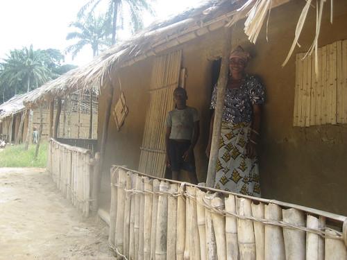 TL2 visit_MamanMadawa's house